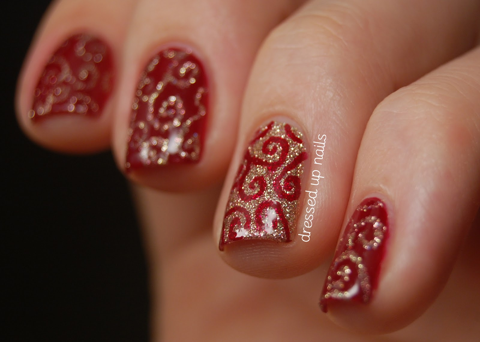 Sing We Joyous All Together For Holiday Nail Trends