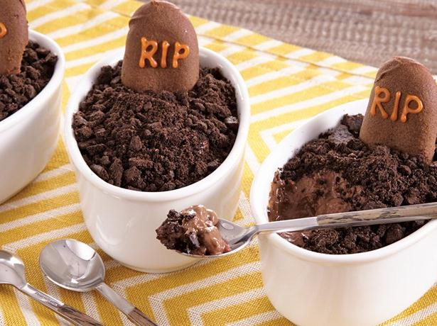 Post image for This Halloween, Bake a Ghoulish Treat– Chocolate Pudding Graveyards