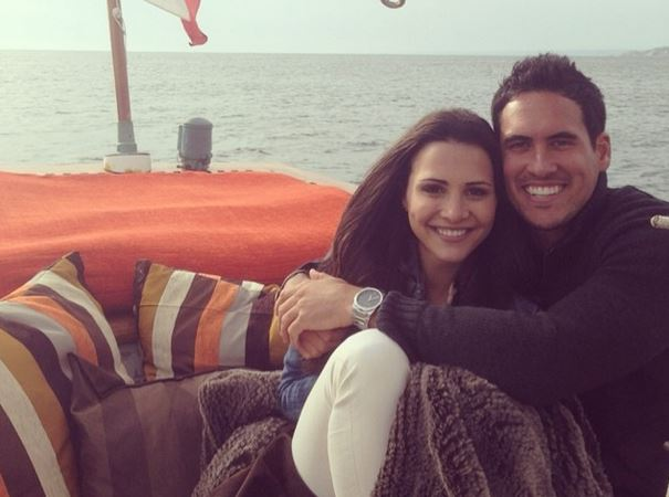 Post image for Surprise!  Andi Dorfman Chooses Josh Murray on Bachelorette Finale — Nick Viall's Awkward Reaction