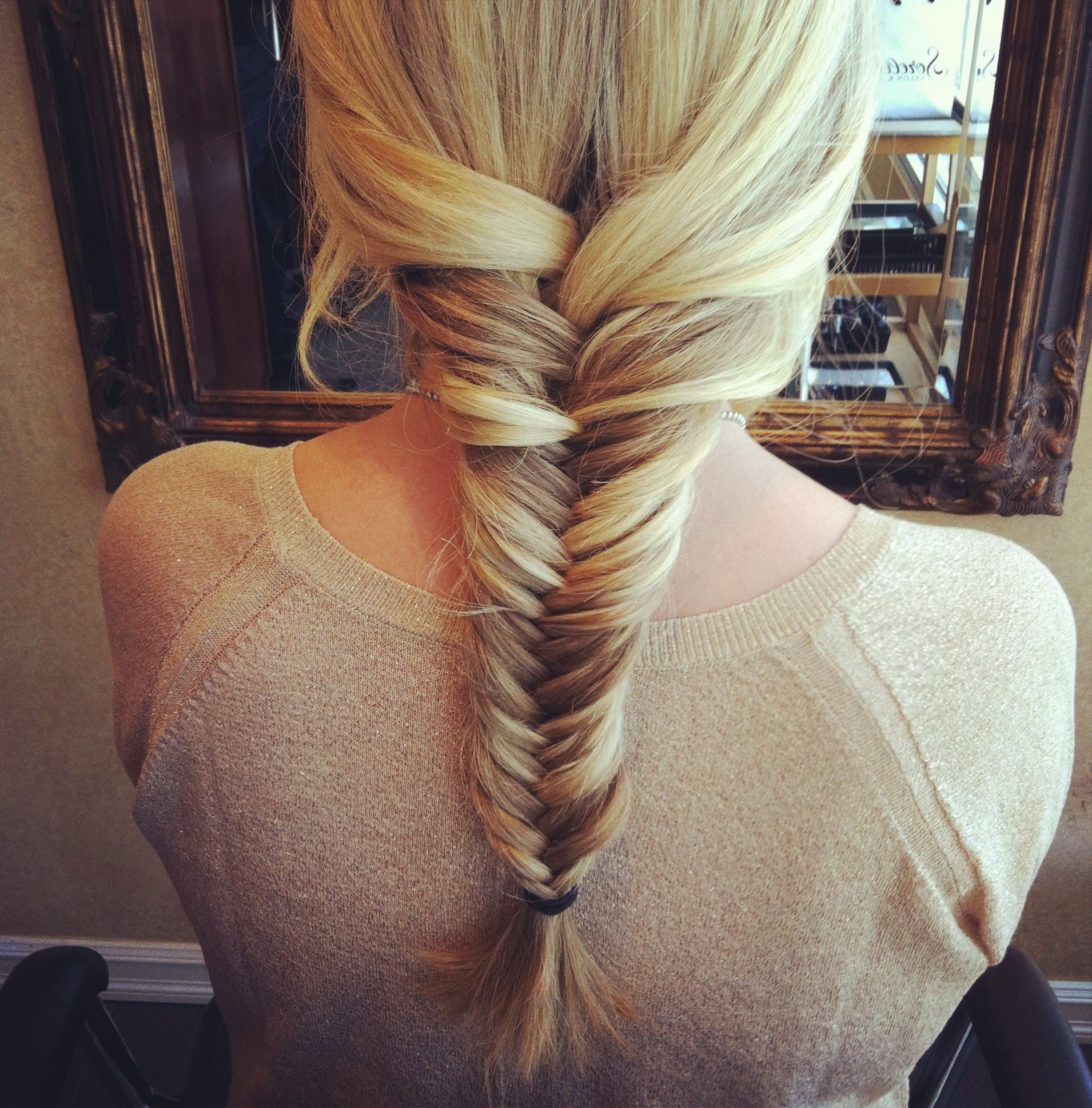 Post image for How To Do a Fishtail Braid